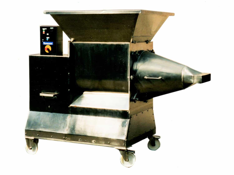 Teigauspressmaschine - Tonnaer Misch Systeme