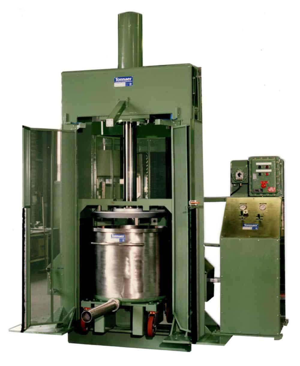 Tub press 02 Tonnaer Mixing Systems