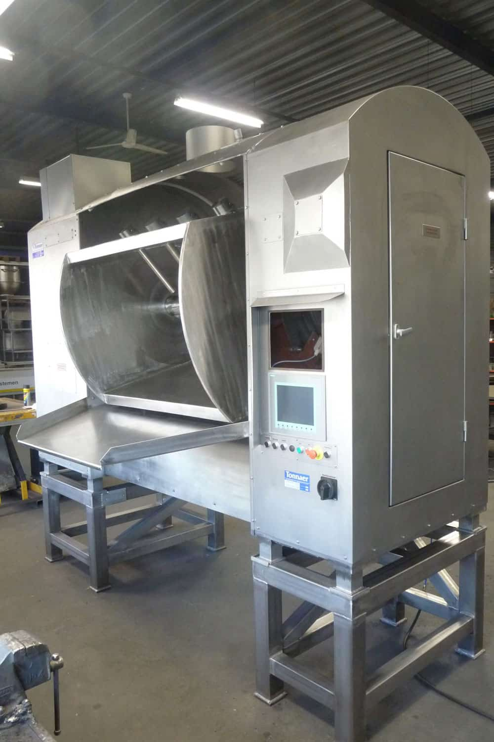 Paddle mixer1000 litres - Tonnaer Mixing Systems